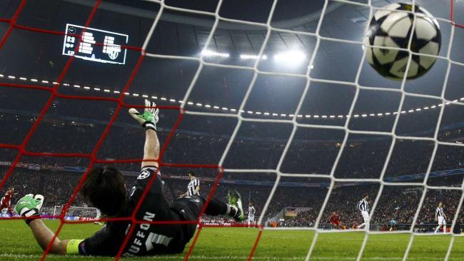 FCB-J.Turin 1zu0 durch Alaba Endstand 2zu0