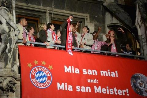 FCB 2013 Meisterfeier auf dem Rathausbalkon