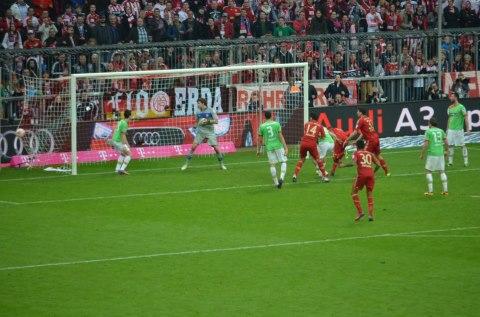 FCB-D`dorf .das Siegtor zum 3zu2 vom Jerome Boateng 9.3.13