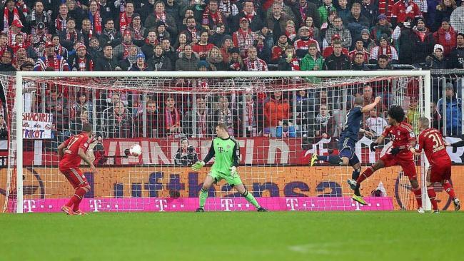 FCB-HSV Tor fuer den HSV