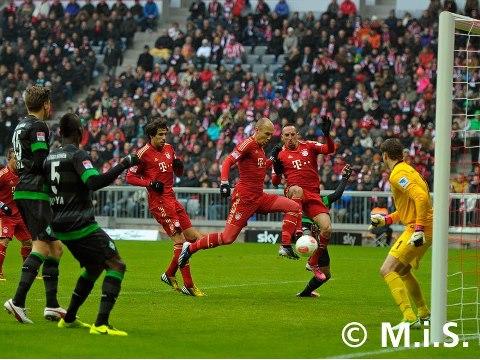 FCB-W.Bremen Robben macht das erste Tor.