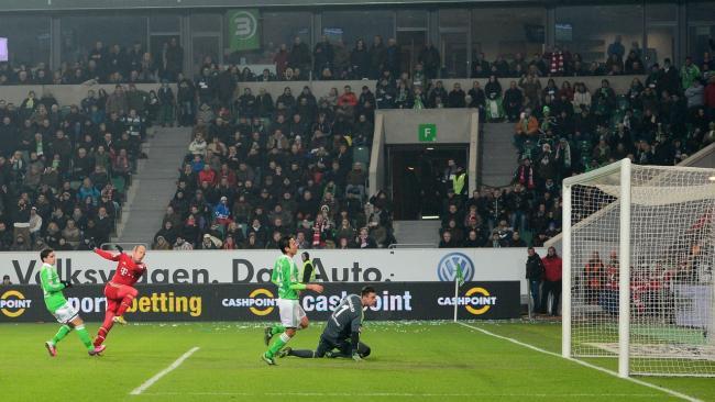VfL Wolfsburg-FCB 0zu2 Roben macht das 2.Tor 15.2.13